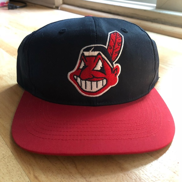 new arrival c83ed 40830 Vintage 90 s S M Cleveland Indians SnapBack Hat 🧢
